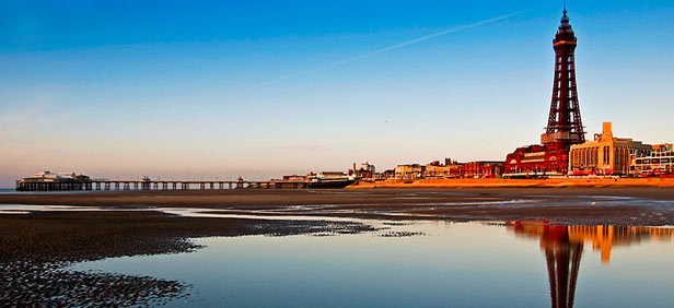 Know-About-Blackpool-Tower-at-Blackpool-Pleasure-Beach-England